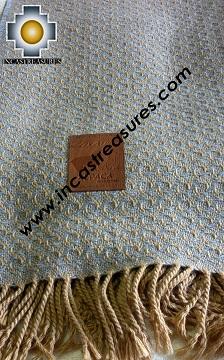 Alpaca Blanket Chains