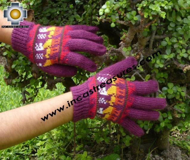 100% Alpaca Wool Gloves with Llama Designs Purple