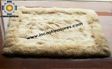 100% Alpaca baby alpaca round fur rug suri colors - Product id: ALPACAFURRUG10-11 Photo01