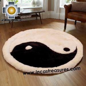 100% Alpaca baby alpaca round Fur Rug Yin Yang - Product id: ALPACAFURRUG14-05 Photo02