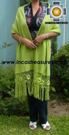 Rabbit Andean Shawl Kututu qumir - Product id: rabbit-shawl-02 Photo02