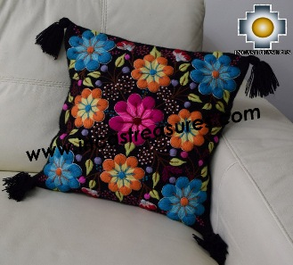 100% Alpaca Cushion Colibri Black - Product id: Alpaca-cushion16-01black Photo02
