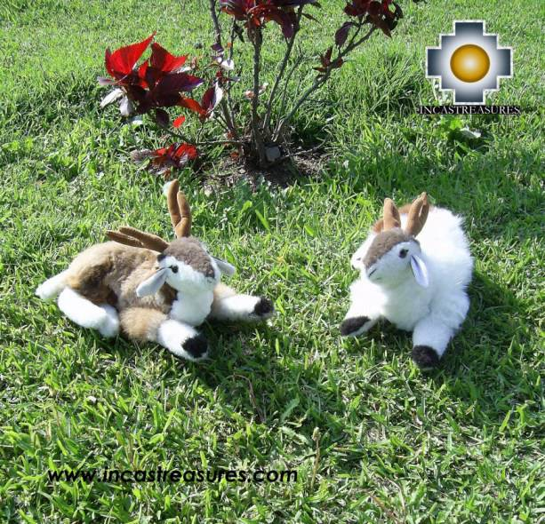 Lovely white Deer - Ping - Product id: TOYS08-19 Photo04 Ping and Pong together